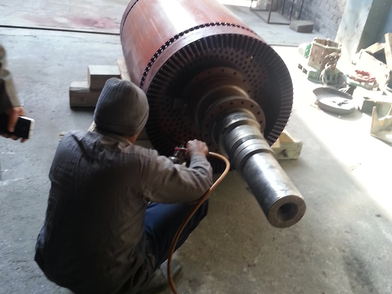 2300-kw-slipring-motor-dip-varnishing_img