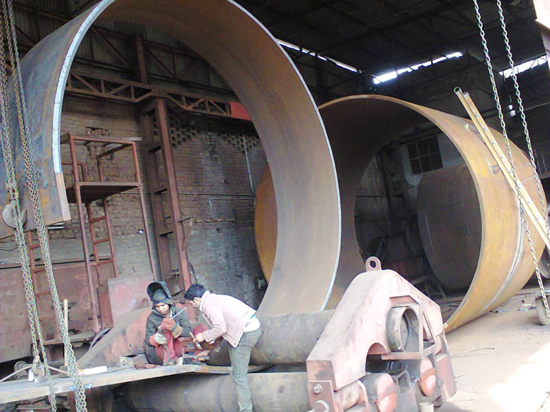 steel-sheet-rolling-for-silos_img